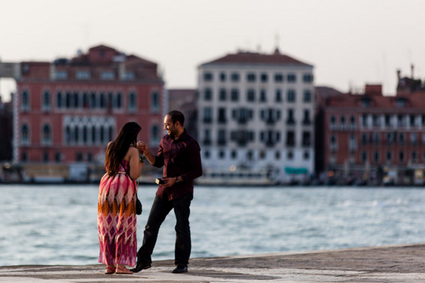 international plus size bride, venice italy