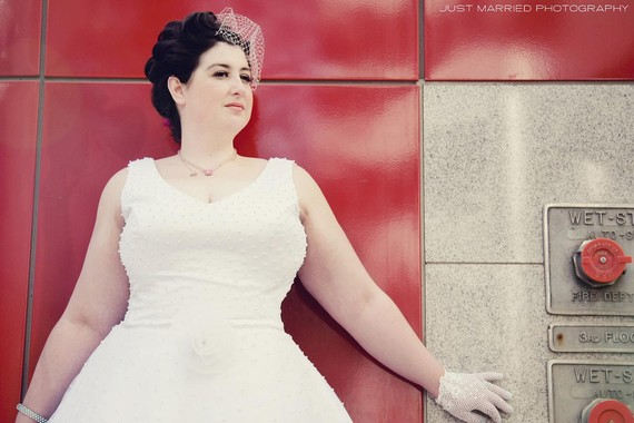 plus size vintage wedding gown