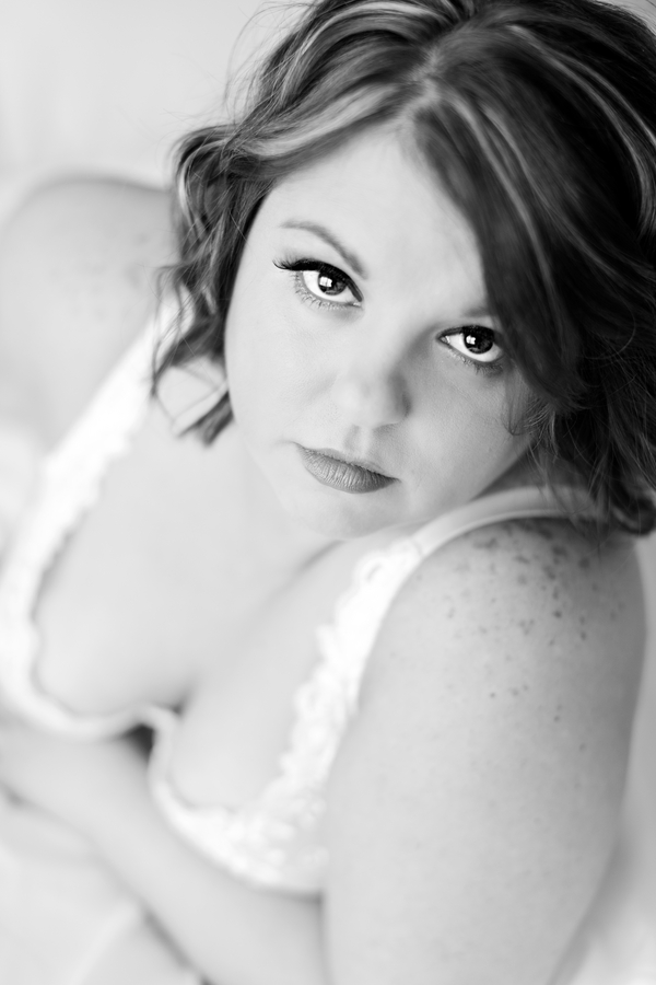 plus size bride, plus size boudoir