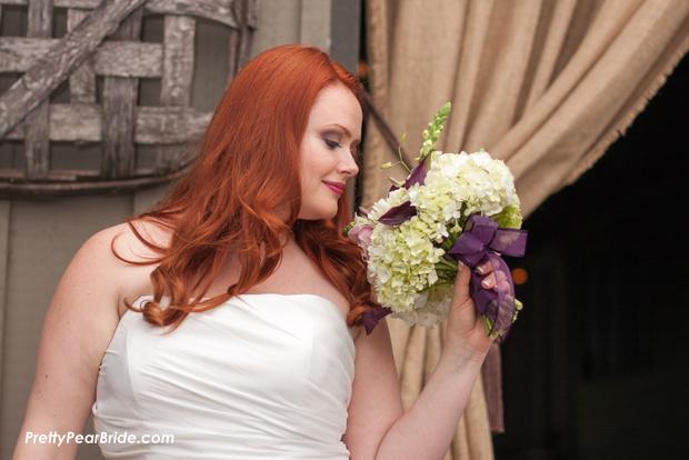 plus size bride, fall wedding inspiration