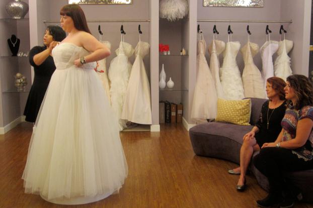 plus size bride, curvy brides, curvaceous couture bridal salon