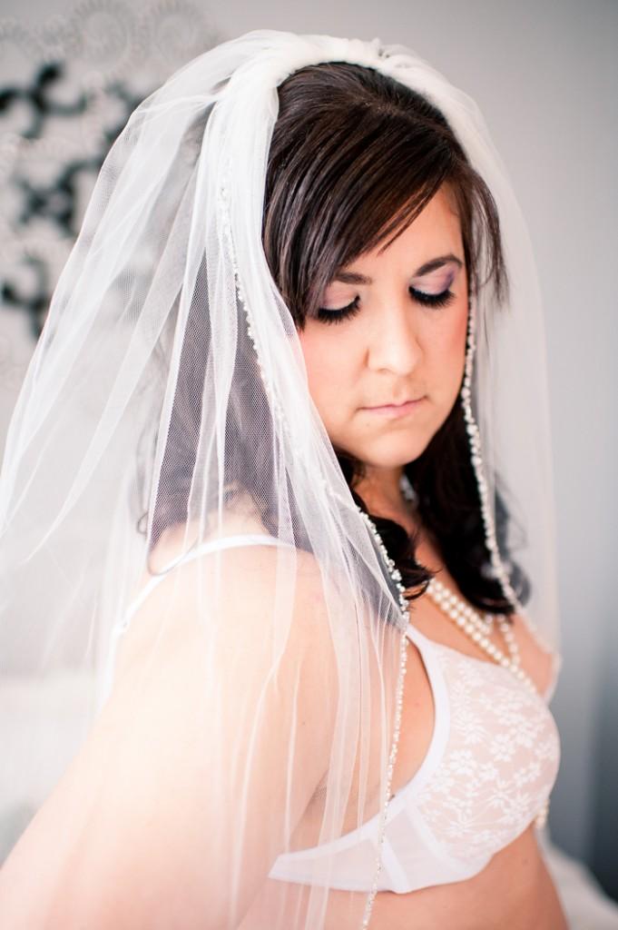 plus size bride, plus size boudoir shoots