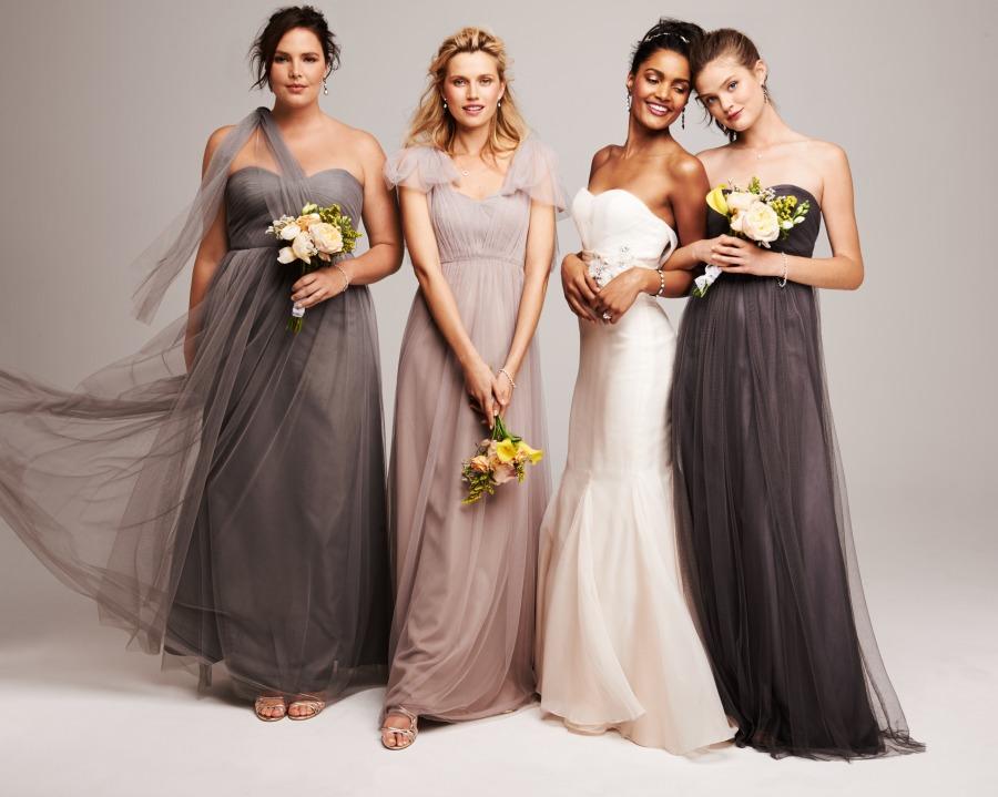 plus size brides, plus size bridesmaids