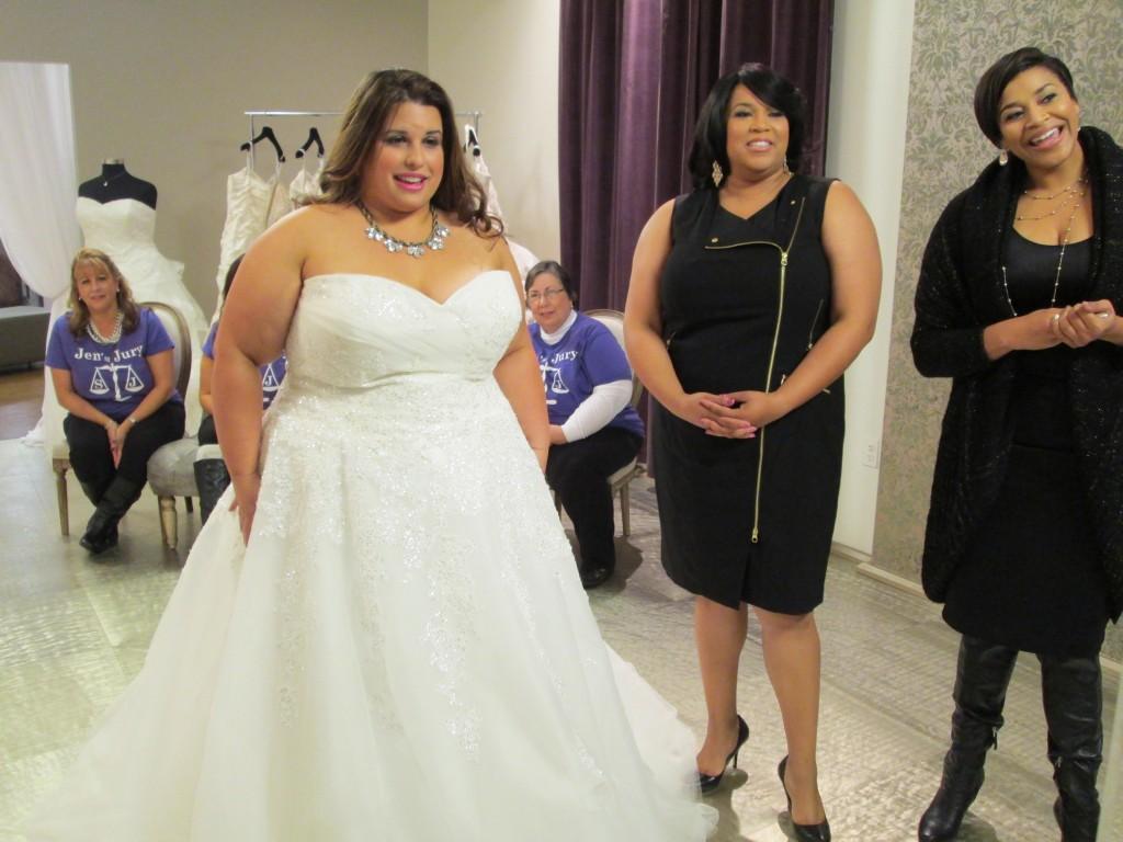 plus size brides, plus size bridal gowns,