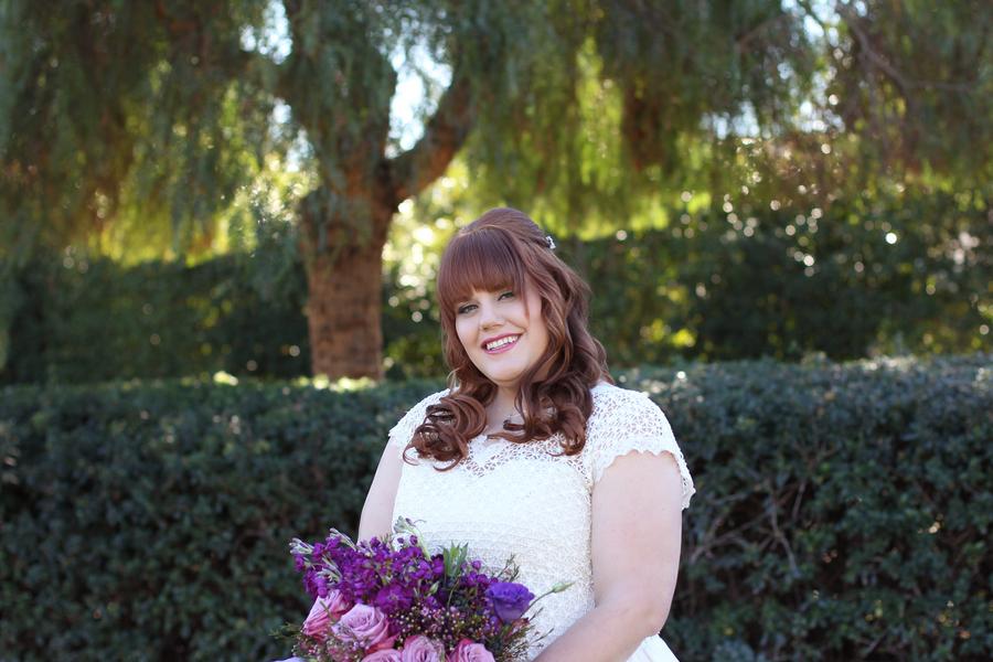 plus size bride, curvy brides, pretty pear brides