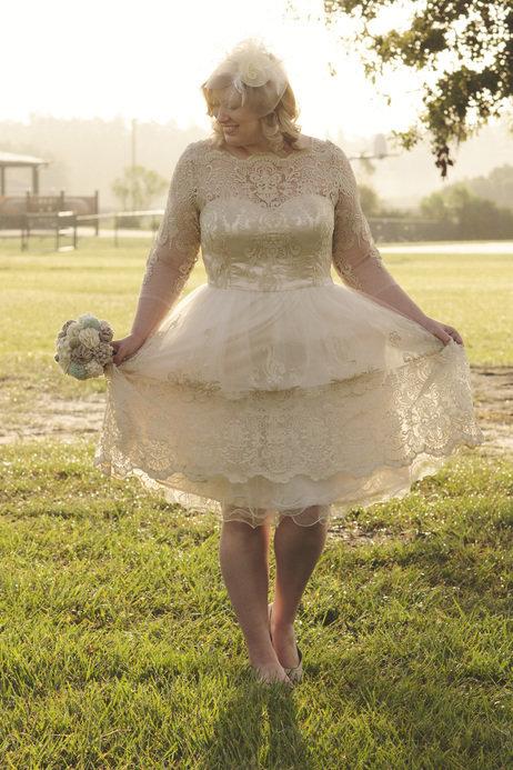 pus size bridal gown