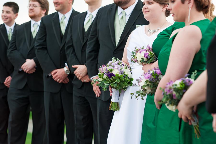 curvy brides, plus size brides, pretty pear bride
