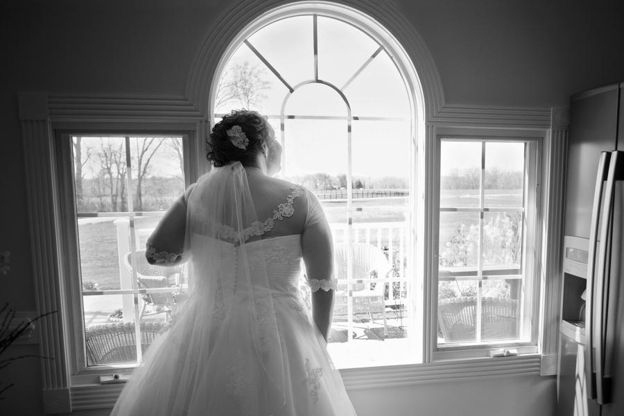 plus size bride, curvy bride, pretty pear bride