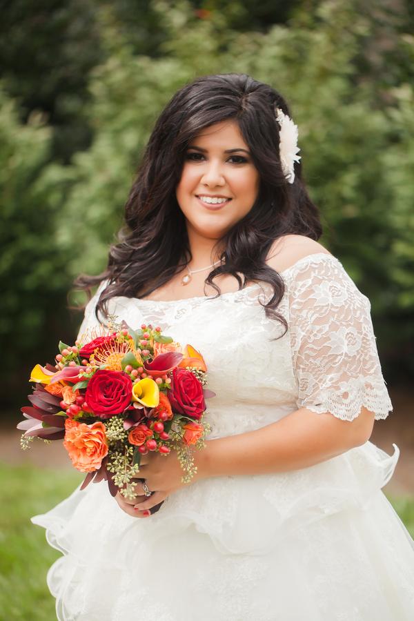 rustic fall wedding featuring a stunning fall curvy briderustic fall wedding featuring a stunning fall curvy bride