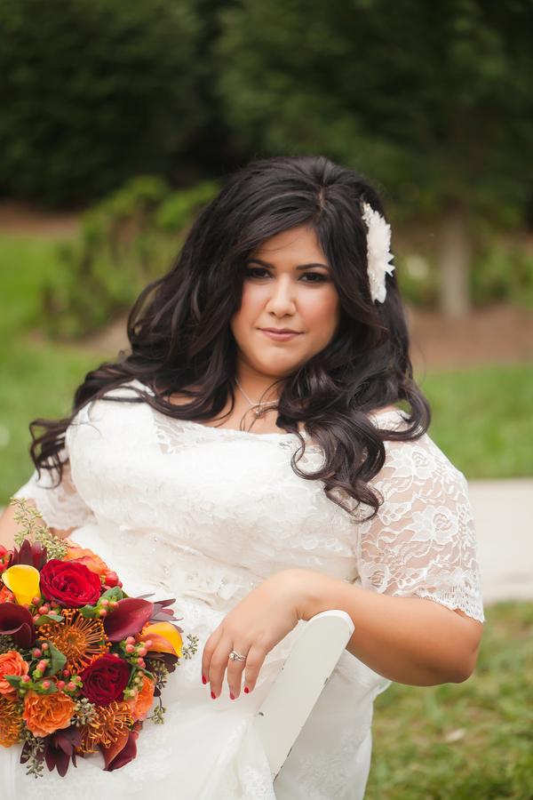 rustic fall wedding featuring a stunning fall curvy bride