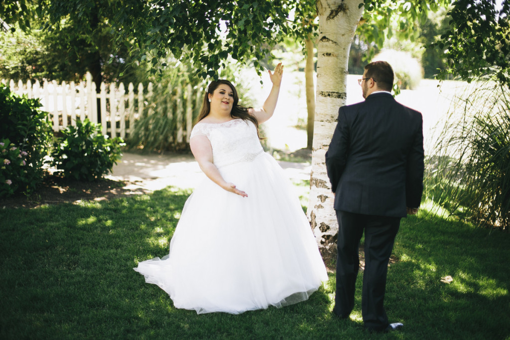 Mint and Peach Garden Wedding with a stunning curvy bride