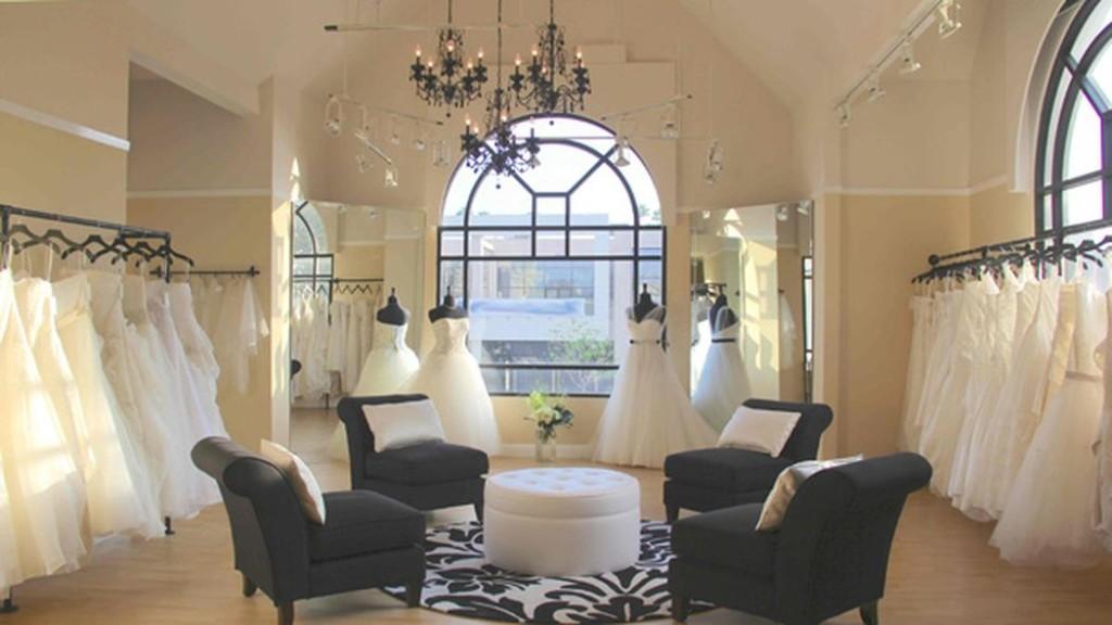 Della Curva Bridal Salon