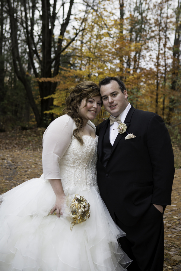 {REAL PLUS SIZE WEDDING} FALL RANCH WEDDING IN CANADA| PHILLIPA MAITLAND PHOTOGRAPHY