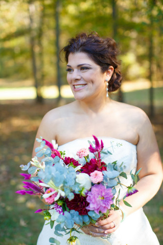 Curvy Romance in the Woods | Pretty Pear Bride