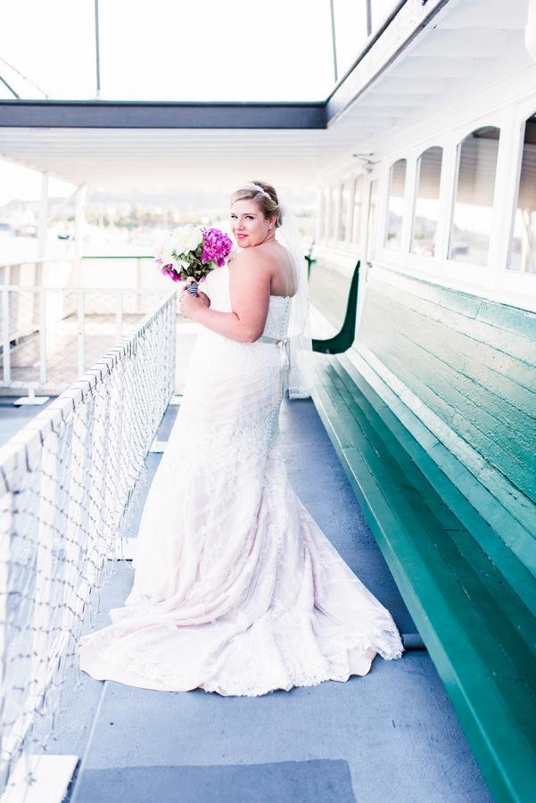 {Real Wedding} Navy and Pink Nautical Seaside Seattle Wedding | Ana Bella Photography