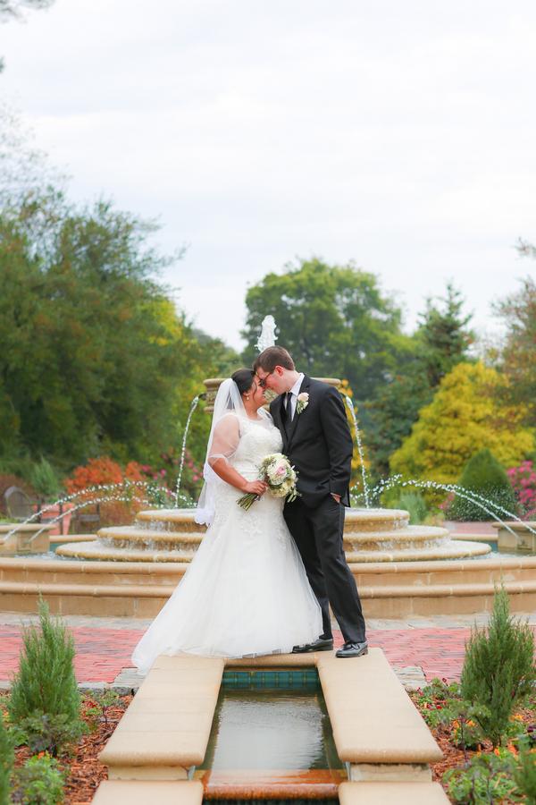 {Real Wedding} Garden Wedding in Virginia | Fresh Look Photography