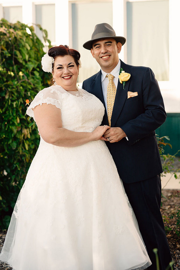 Plus Size Real Wedding | Vintage 50's Wedding in California | Rachel Lombardi Photography | Pretty Pear Bride