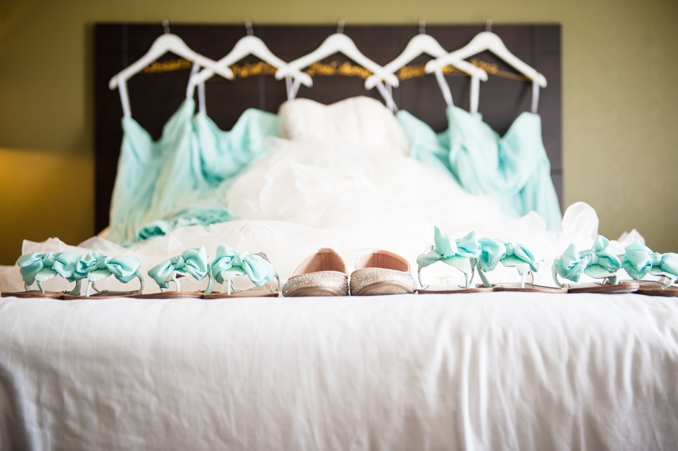 Real Wedding | Lake House Wedding in Arizona | Kalia Cales Photography | Pretty Pear Bride