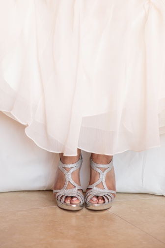 plus size bride, wedding shoes, destination wedding