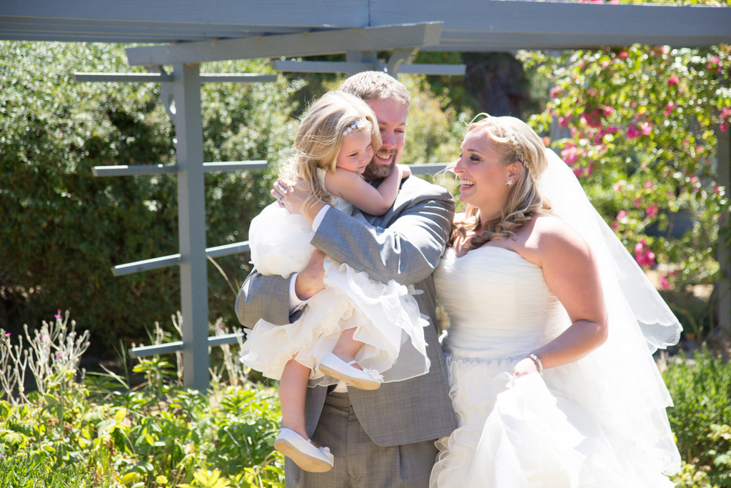 plus size wedding gown, plus size bride, tulle, plus size david's bridal wedding gown, flower girl, first look