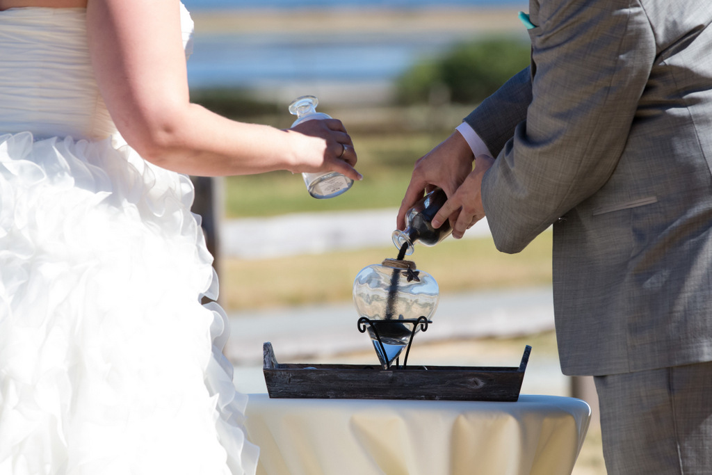 wedding ceremony, sand ceremony, wedding arch, sand ceremony