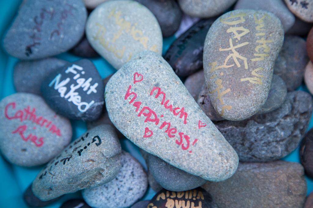 wedding rocks, guestbook alternative
