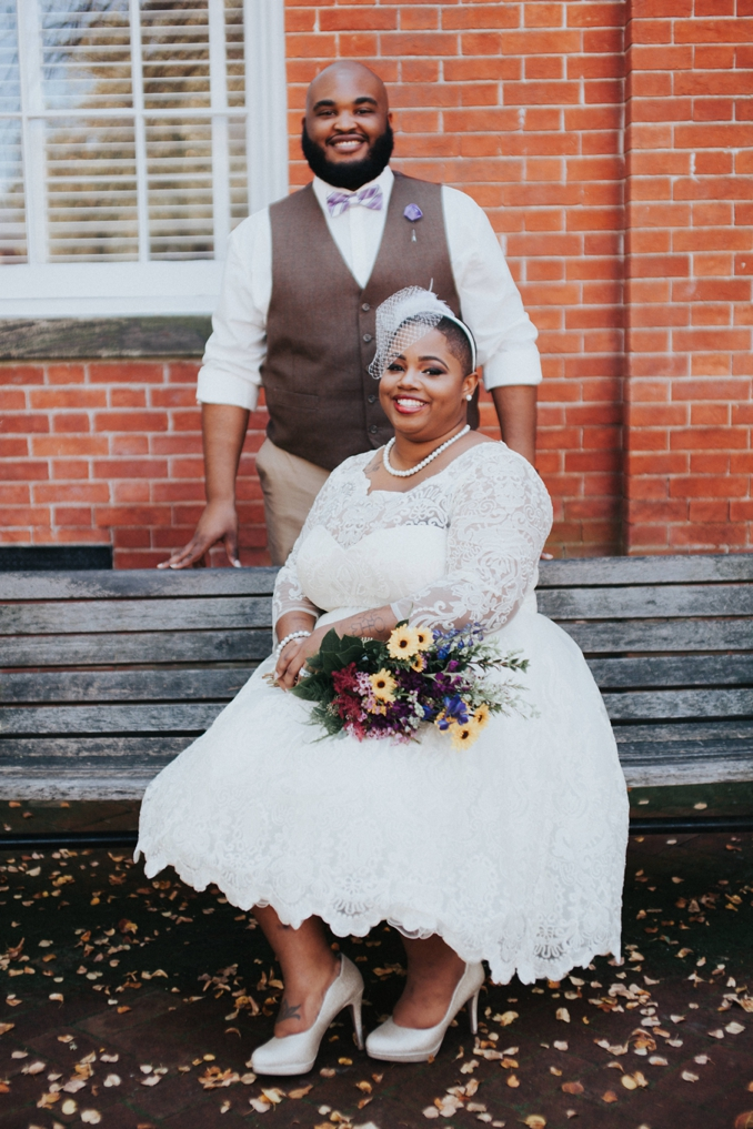 REAL WEDDING | Purple and Gold Annapolis Courthouse Wedding | Jeff Thatcher Photography | Pretty Pear Bride