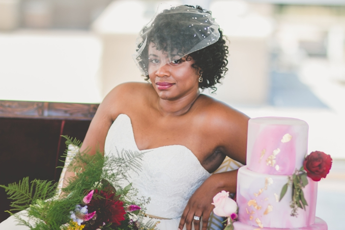 STYLED SHOOT | Modern Merlot | Images by Amber Robinson | Pretty Pear Bride