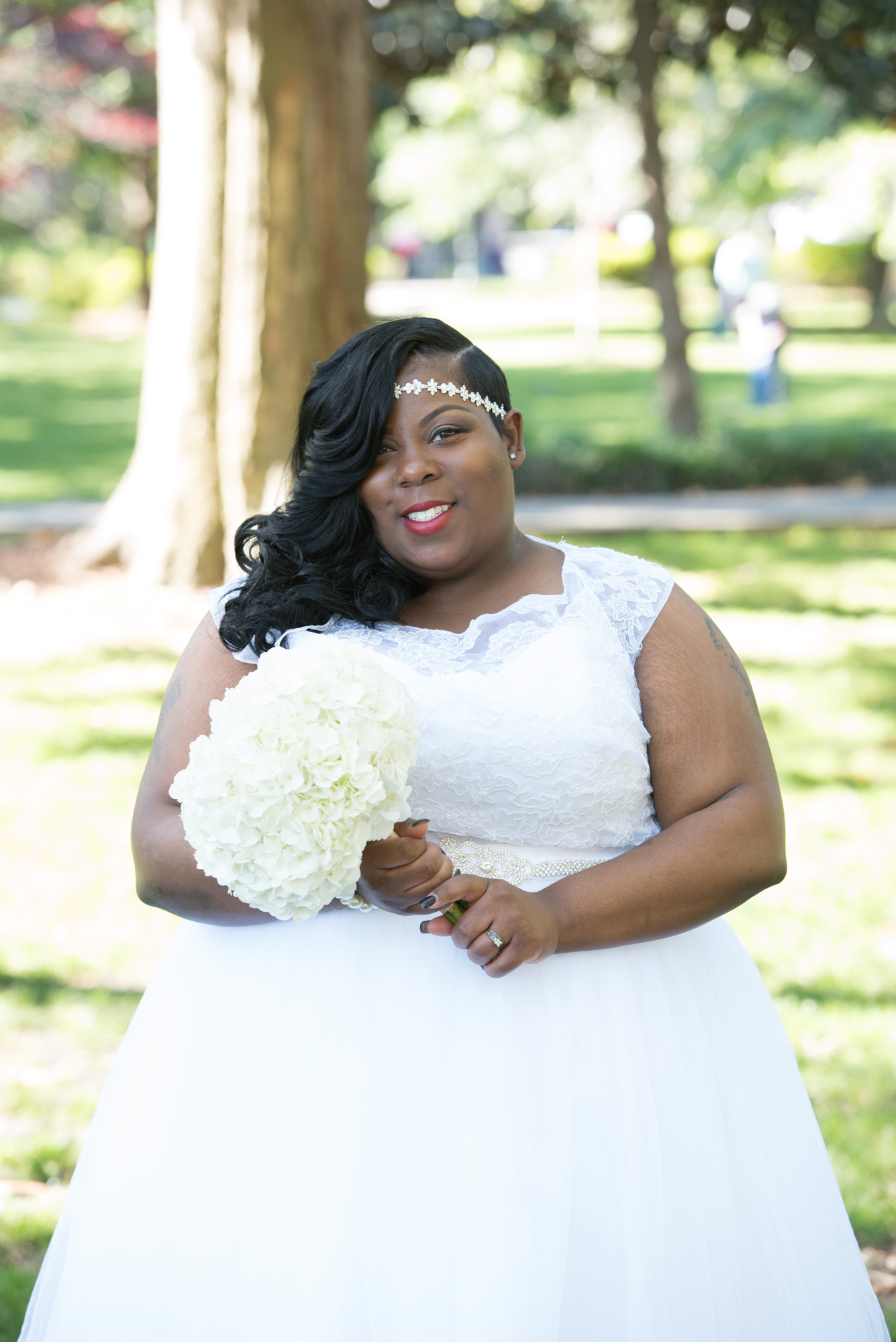 BRIDAL PORTRAITS | Historic Savannah Bridal Experience with Celebrity Stylist | Pretty Pear Bride