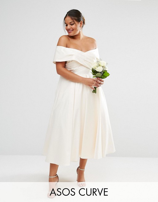 PLUS SIZE WEDDING DRESS | Bonded Sateen Cross Fold Debutante Dip Back Maxi Dress | ASOS CURVE BRIDAL | Pretty Pear Bride