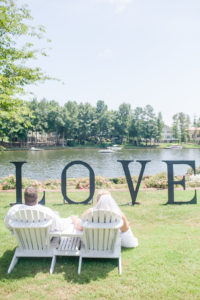 REAL WEDDING | Beautiful Mint and Gold Virginia Wedding by the Lake | Casey Hendrickson Photography | Pretty Pear Bride
