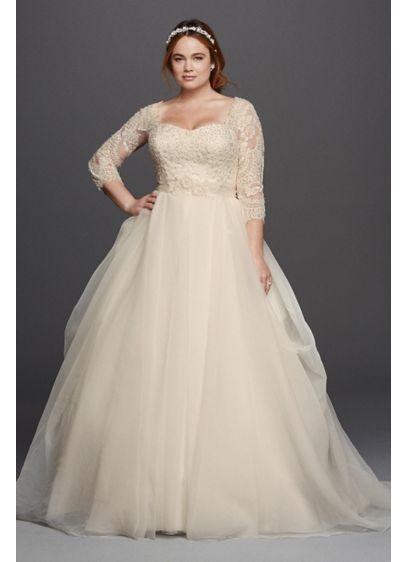 Oleg Cassini Plus Size Organza 3/4 Wedding Dress Style 8CWG731 | Pretty Pear Bride