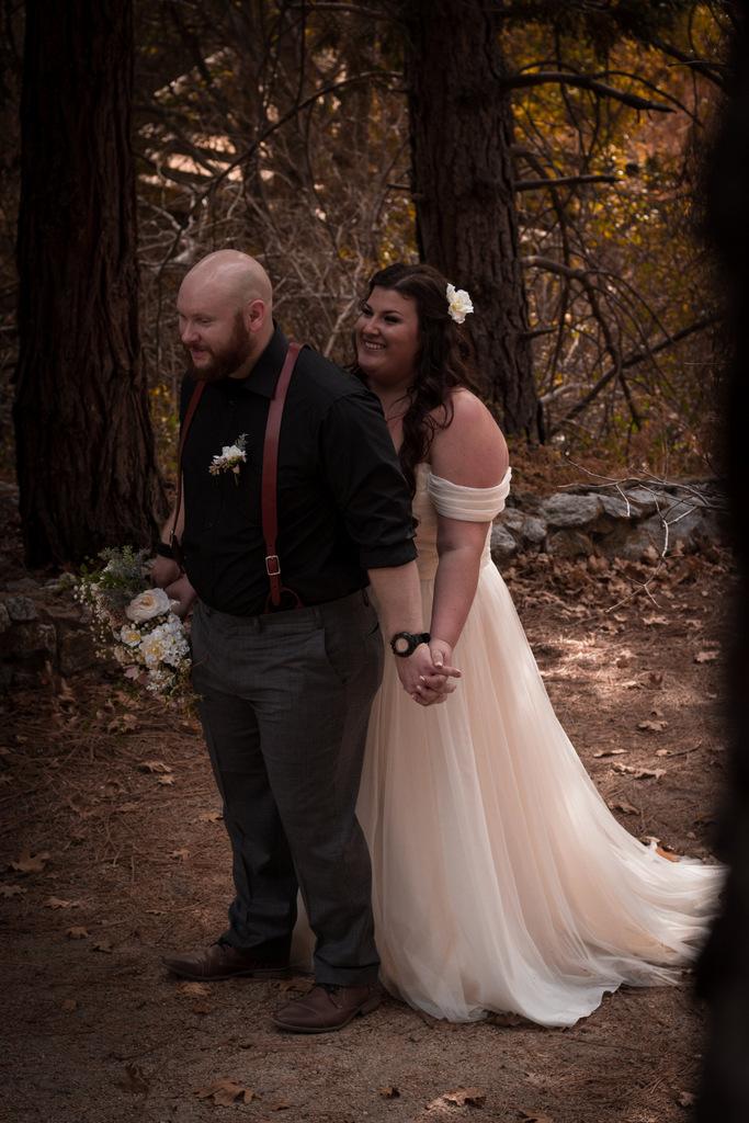 REAL WEDDING | IDYLLIC FALL WEDDING | Pajarito Photography | Pretty Pear Bride