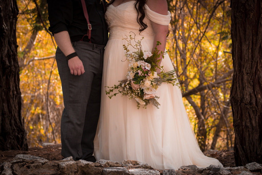 REAL WEDDING | IDYLLIC FALL WEDDING | Pajarito Photography | Pretty Pear Bride