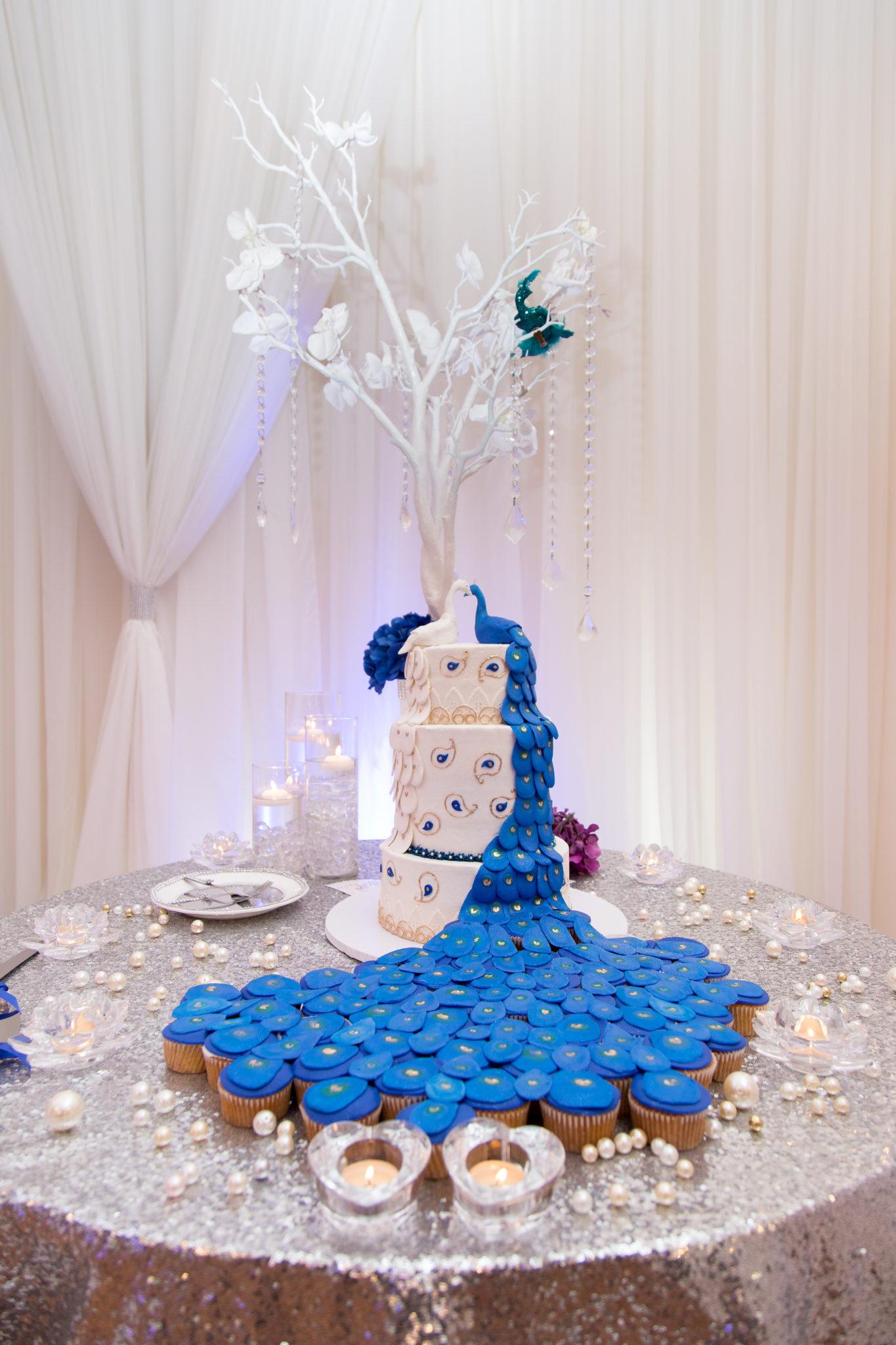 REAL WEDDING | Purple and Blue Florida Wedding | Unashamed Image | Pretty Pear Bride