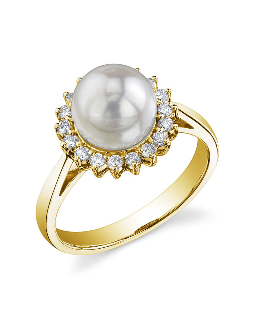 FASHION FRIDAY | Pearls - the Latest Bridal Jewelry Trend | Pretty Pear Bride