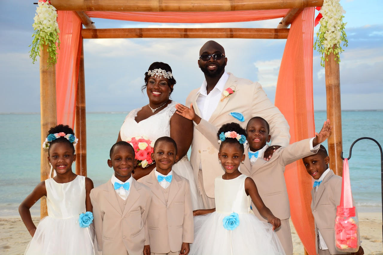 "CELEBRITY REAL WEDDING | Caribbean Vow Renewal of ""Growing Up McGhee"" 