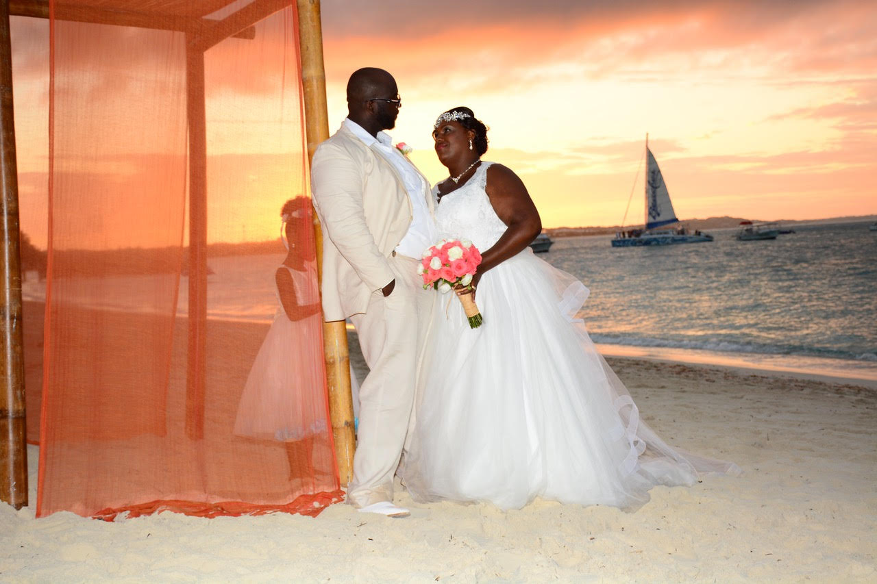 """CELEBRITY REAL WEDDING   Caribbean Vow Renewal of """"Growing Up McGhee""""   Beaches Turks & Caicos Resort Villages Photography   Pretty Pear Bride"""