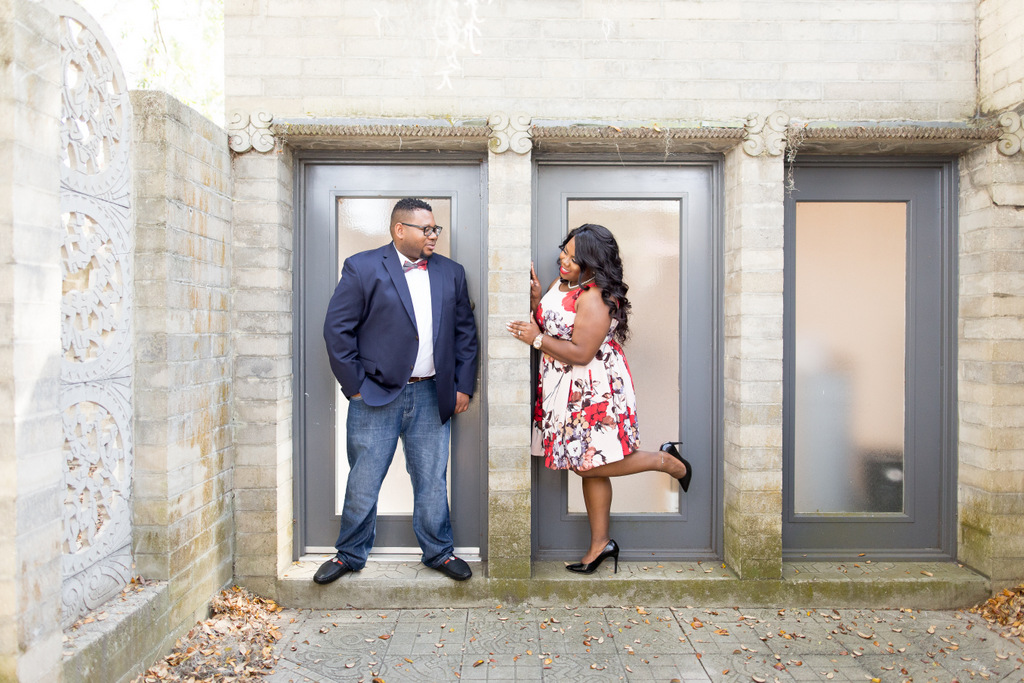 ENGAGEMENT SESSION | Art Museum Engagement in Florida | Unashamed Imaging Photography | Pretty Pear Bride