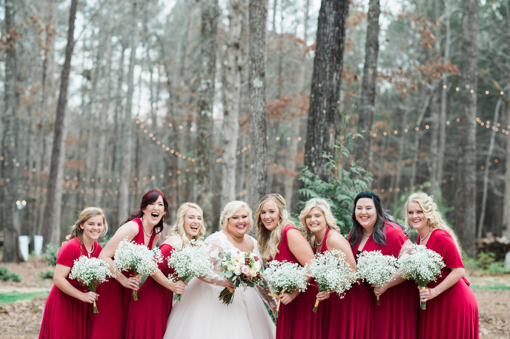 REAL WEDDING | Rustic Chic Red, Blue and Pink Outdoor Georgia Wedding | Valimont Photography | Pretty Pear Bride