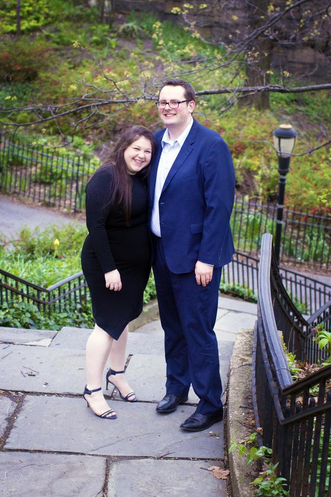 ENGAGEMENT | New York Park Engagement | Kate Famiglietti | Pretty Pear Bride