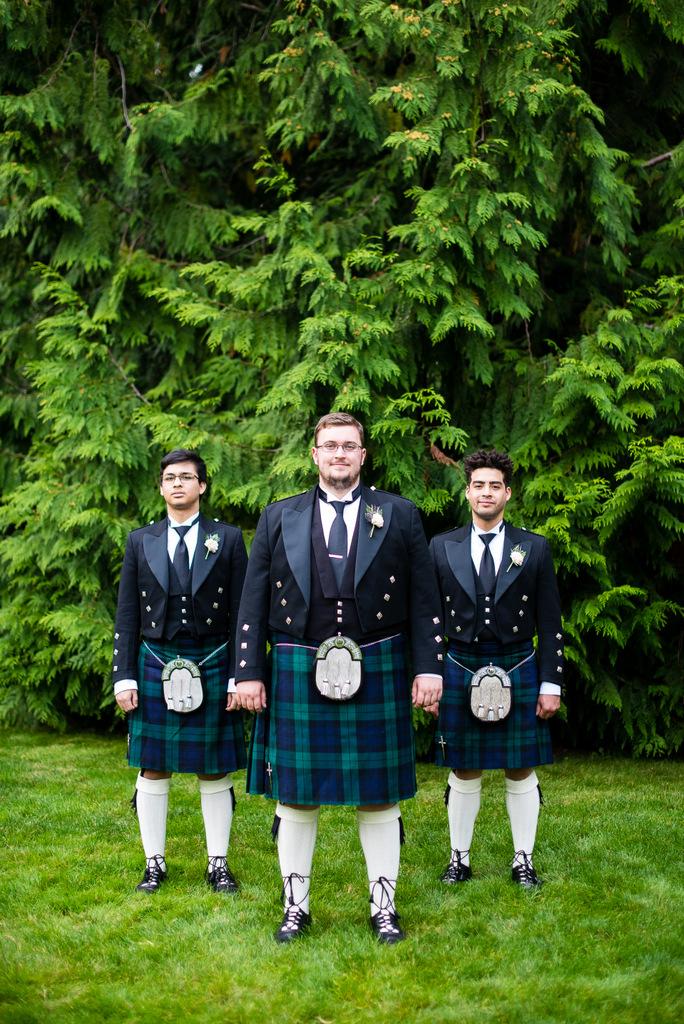REAL WEDDING | Enchanting Alice In Wonderland Wedding in Washington | Ashley Danielle Photography | Pretty Pear Bride