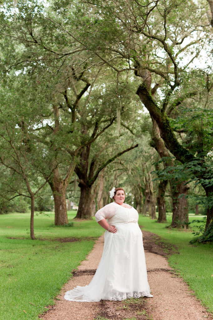 STYLED SHOOT | Ocean Springs Bridal Portraits | Uninvented Colors Photography | Pretty Pear Bride