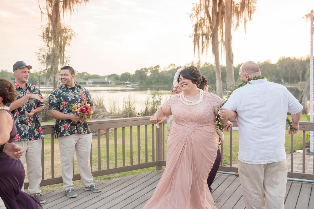 REAL WEDDING | Blush and Plum Tropical Florida Wedding | Kristen Marie Photography | Pretty Pear Bride REAL WEDDING | Blush and Plum Tropical Florida Wedding | Kristen Marie Photography | Pretty Pear Bride
