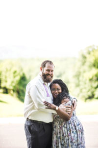ENGAGEMENT | Relaxed and Laid Back Outdoor Engagement Shoot | La Joy Photography | Pretty Pear Bride