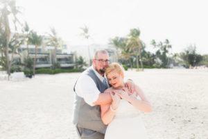 REAL WEDDING   Blue, Gold and White Destination Wedding   Karina Jensen   Pretty Pear Bride