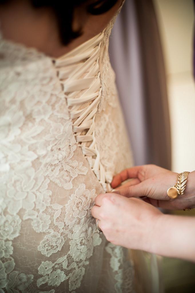 REAL WEDDING | Modern and Industrial Chicago Wedding | Simply Elegant Group | Pretty Pear Bride