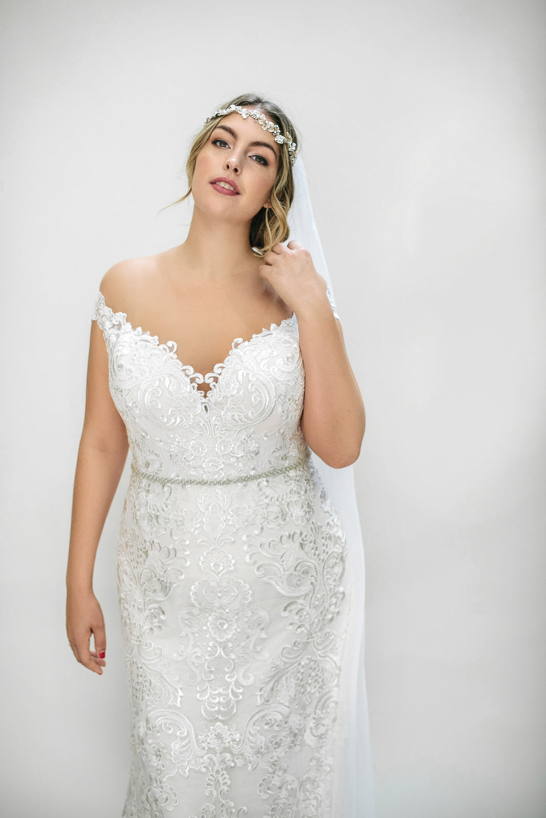 FASHION FRIDAY | New Collection Just for Indie Curvy Brides Arrives at Lovely Bride | Pretty Pear Bride