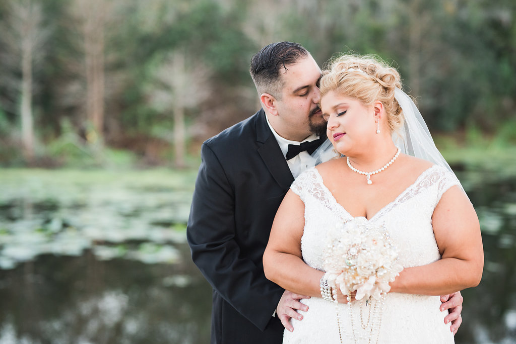 REAL WEDDING   Blush and Gold Vintage Theatre Themed Florida Wedding   Candice Wright Photography   Pretty Pear Bride