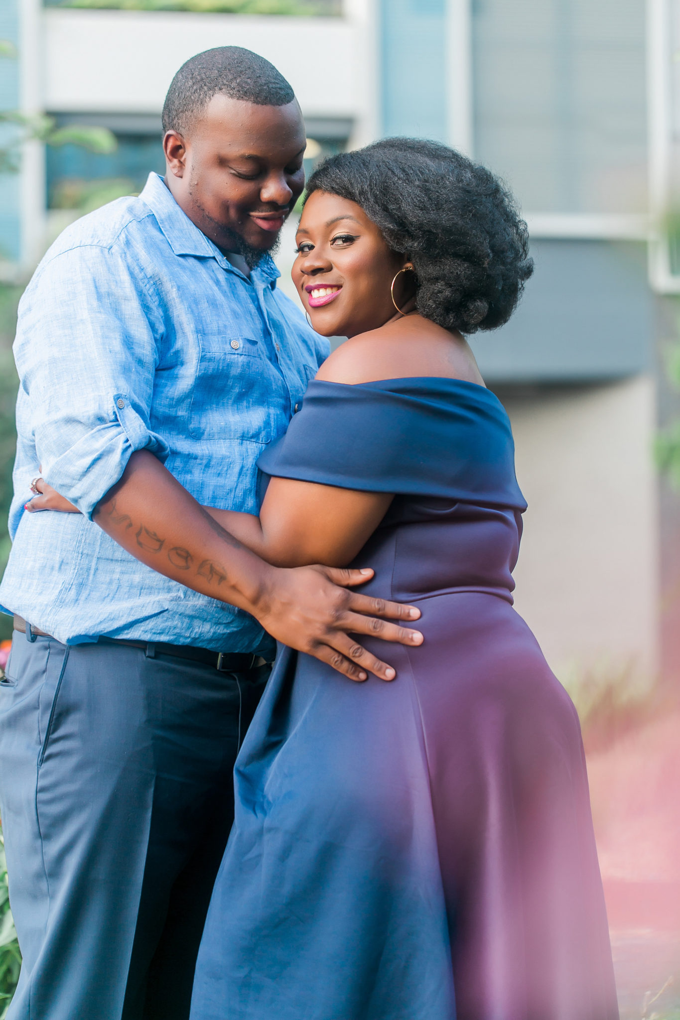 ENGAGEMENT | Uptown Charlotte Charm | Casey Hendrickson Photography | Pretty Pear Bride